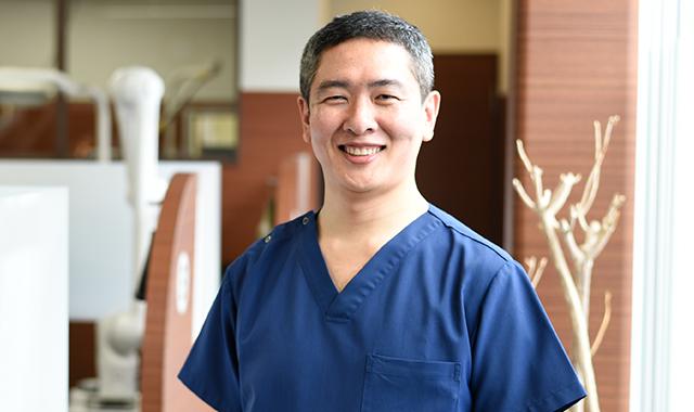総入れ歯専門の吉本歯科医院|
